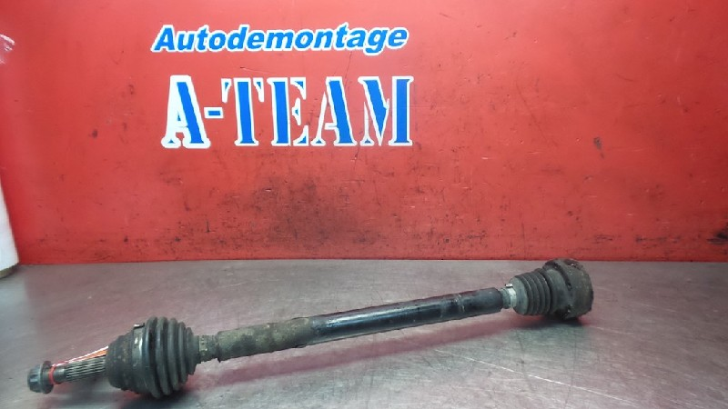 Volkswagen Polo Variant (6KV5) Combi 1.4 60 (AUD) DRIVE SHAFT RIGHT FRONT 1999