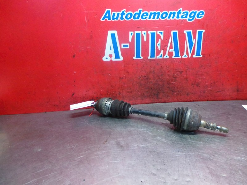 Opel Astra H SW (L35) Combi 1.6 16V Twinport (Z16XE1(Euro 4)) DRIVE SHAFT LEFT FRONT 2006  13136379