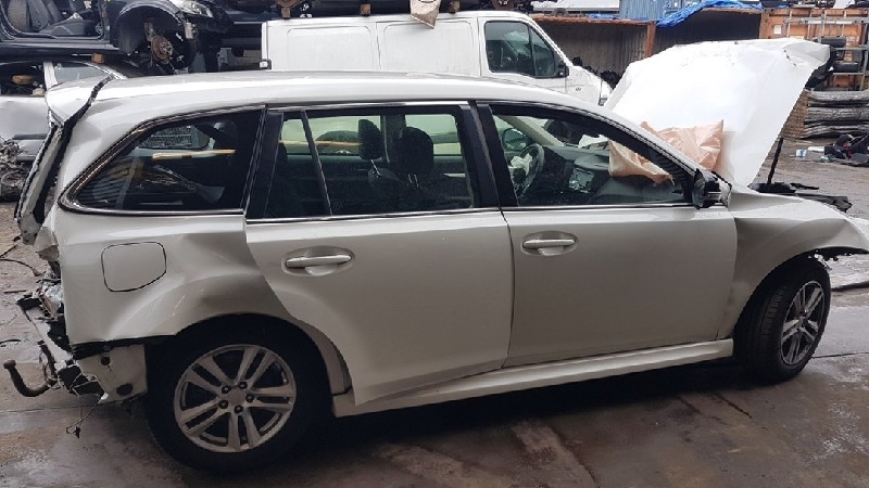 Subaru Legacy Wagon (BR) Combi 2.0 16V (FB20) DRIVE SHAFT RIGHT REAR 2014