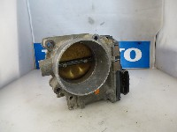 Volvo V70 (SW) 2.4 20V 140 (B5244S2) THROTTLE VALVE 2004  8677796