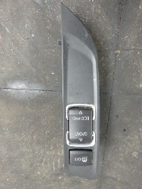 BMW 3 serie (F30/F80) Sedan 318d 2.0 16V (N47-D20C) ESP SWITCH 2013  9391705