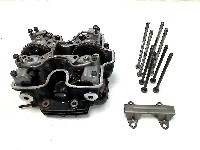 Honda VF 500 C MAGNA V 30 (PC13) CYLINDER HEAD 1984