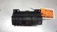 Mazda 5 (CR19) MPV 2.0 CiDT 16V Normal Power (MZR-CD) HAZARD LIGHT SWITCH C 2009  15A468