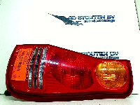 Hyundai Matrix Hatchback 1.6 16V (G4EDG) REAR LIGHT RIGHT 2001