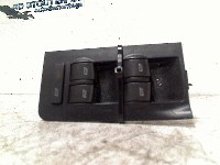 Audi A6 (C5) Sedan 2.4 V6 30V (BDV) SWITCH POWER WINDOW LEFT FRONT 2001 4B0959851 4B0959851