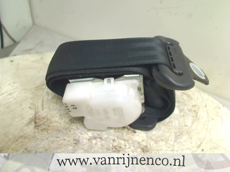 Citroën C1 Hatchback 1.0 12V (1KR-FE) SEAT BELT RIGHT REAR 2007